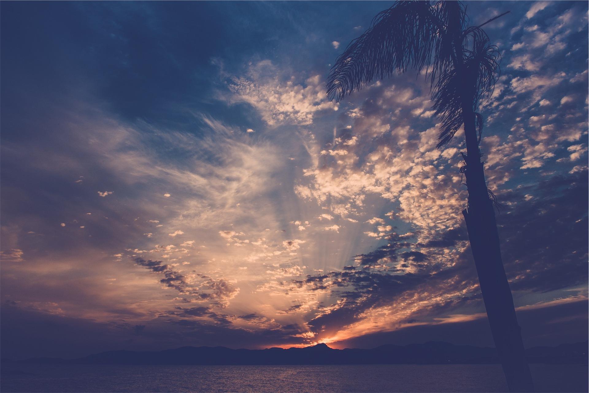 sunset-691998_1920